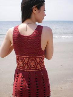 Reina_shiri_designs_summer_2011_back_small2