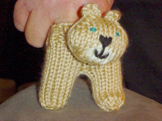 Knittingpics_672_small2