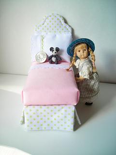 Tiny_crochet_panda_2_small2