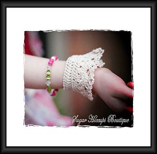Shabbyrosecrochetcuffs2-framed_small2