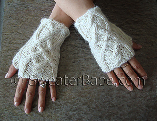 Cabled_fingerless_gloves2_500_small2
