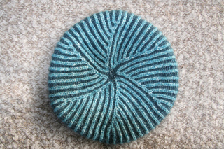 Pinwheel_beret_nancy_marchant_1_small2
