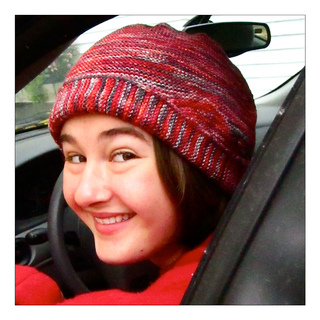 E-in-her-cap-car_small2