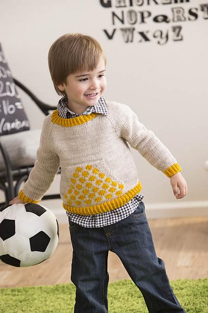 Polka Dot Pocket Pullover par Suvi Simola