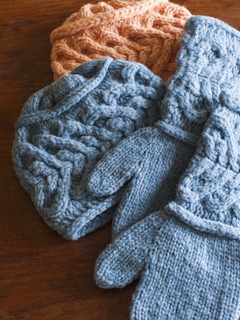 Mittens_hats_small2