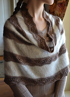 Megan_s_seashore_cowl__7_small2