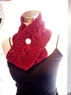 Seed_stitch_cabled_neck_warmer_small2