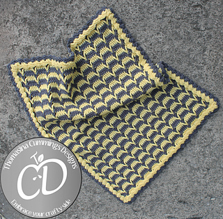 Crescent_moon_blanket_small2