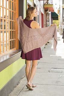 9_oceanmotion_back_1603_univ_kids_shawls_small2