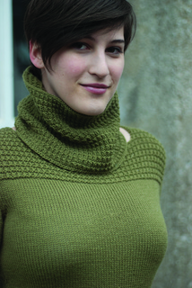 Pullover_with_cowl__38_of_48__small2
