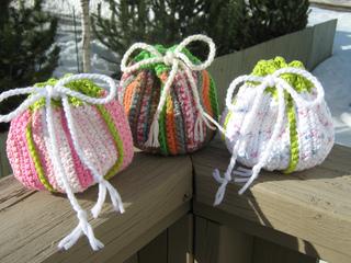 Knitting_2012_03_15_6519_small2
