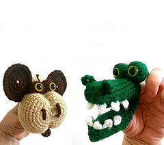 Monkey_and_alligator_small