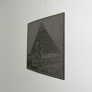 Pyramid_02_square_small2