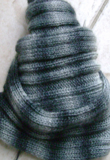 Bandw_scarf_small2