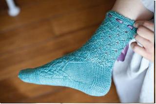 Frivolous_socks_interweave_inside_profile_small2