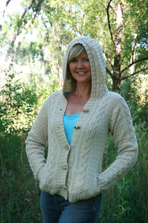 3168_trail_hoodie_small2