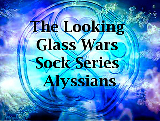 Looking_glass_wars_alyssiansjpg_small2