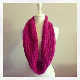 Pink-cowl-03_small2