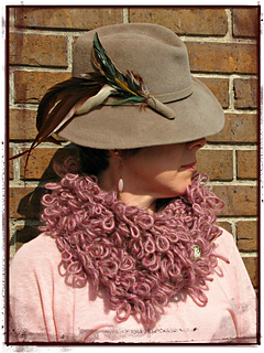Loopy_cowl_pm_small2