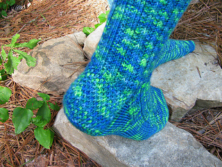Hiker_chick_water_sprite_heel_outdoors_small2