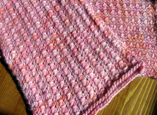Envy_beet_scarf_fo_8_small2