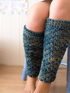 Wink-crochet-pair-legwarmers-finished3_small2