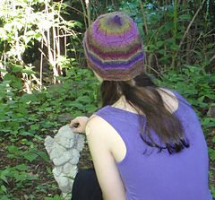Lotus_hat_back_2_small
