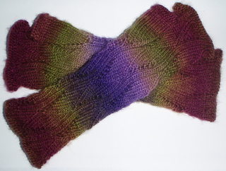 Vine_mitts_1_small2