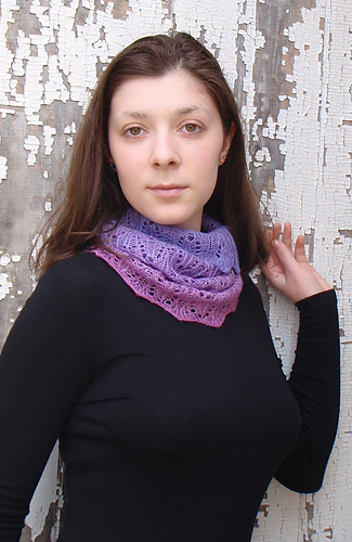 Wisteria_cowl_2_medium