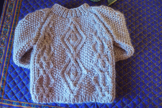 Cabled_baby_cardigan7_small2
