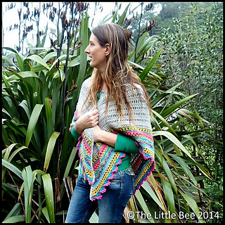 Me_bright_shawl_side_cr_border_small2