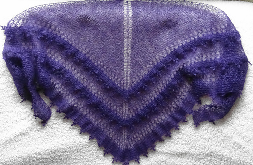 Jasmine_shawl_medium