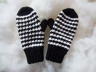 Houndstooth_mittens_008_small2