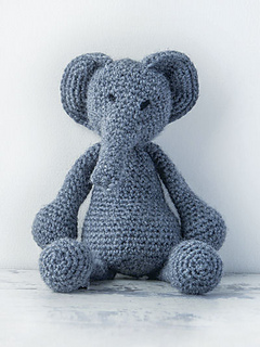 Edward_menagerie_kerry_lord_elephant_small2