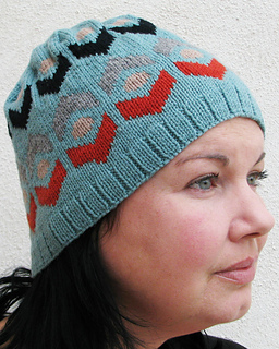 Alkira_hat_another_side_small2