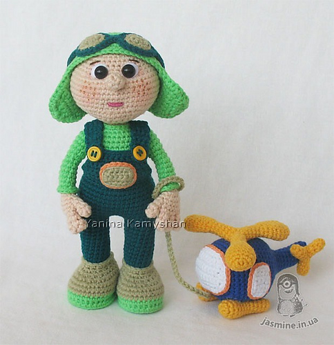 Aviator and Helicopter par Amigurumi Fair