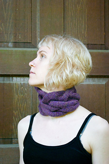Cabled_cowl_3_small2