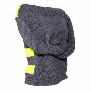 Sweater_angle_small2
