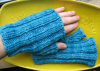 Mini_mitts_small2