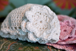 Crochet_best_baby_cloche_dsc_8251_small2