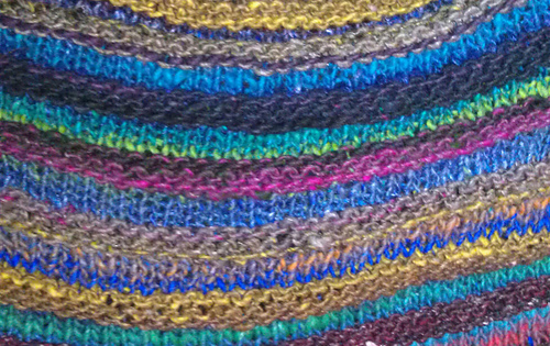 Knitting_-_welted_capelet_medium