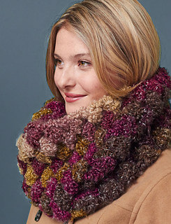 Quick-and-cozy-cowl-main_small2