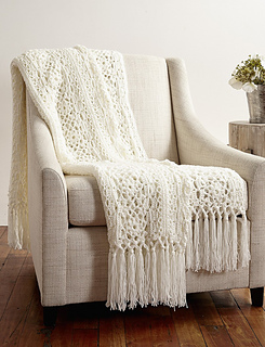 2web-patons-canadiana-c-irishlaceafghan-eng_small2