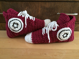 Converse slippers for adults