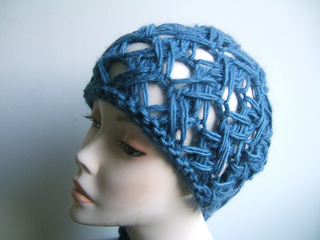 Breeze_beanie_hat_small2