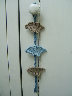 Shell_wall_hanging_small2