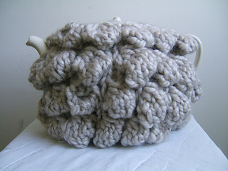 015_giant_bobble_tea_cosy_small2