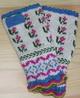 Spring_latvian_mitts_640_small2