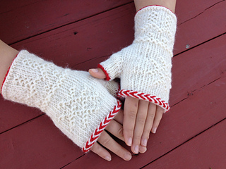 Twined_mitts__small2