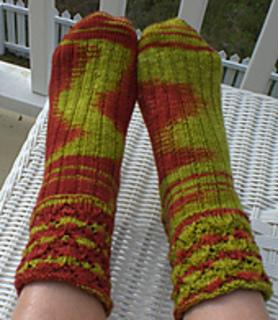 Loasa_lateritia_socks_small2